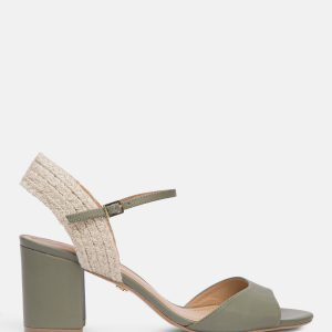 Zielone sandały damskie.