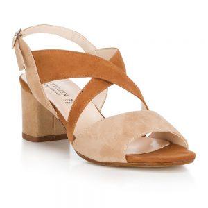 Damskie sandały zamszowe z szerokimi paskami.